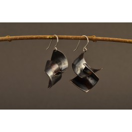 Ohrringe Kupfer dunkel - geschwungene Flügel